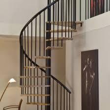 Točité montované schody z bukového masívu